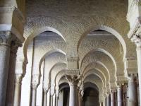 Mosque - Archi in una moschea ad El Jem (Tunisia)
