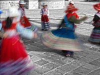 Ballo peruviano - Esibizione nella piazza di Yanque nella Valle del Colca