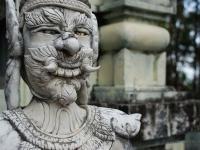 Demone - Statua di un demone al tempio buddhistademone