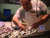 Banco del pesce al mercato centrale di Valencia