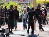Dancers - Artisti di strada - San Francisco è accogliente e l'esibizioni di ogni tipo che radunano la folla per le strade dimostra tutta la sua tollerenza