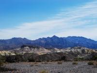 Death Valley - Un nome che dice tutto su questo luogo ma a prender vita sono paesaggi rocciosi dai colori unici (Nevada)